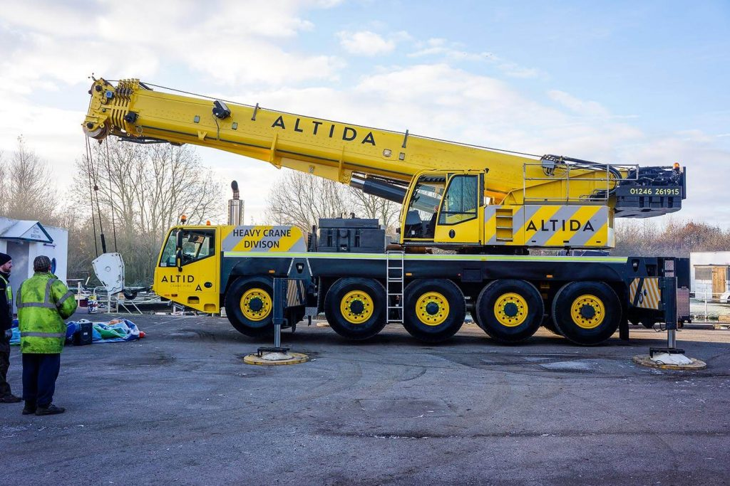 1. Terex AC 140 Tonne 18 Tonne Boat Lift with 15 Meters Radius Boom Reach Required