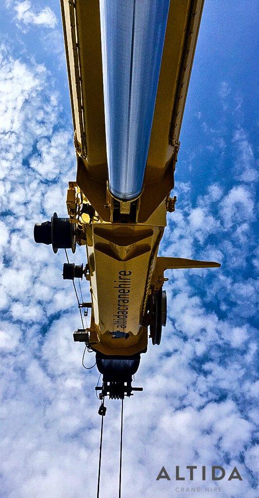 Grove 50 Tonne Crane Hire 445kg Hot Tub Lift Derbyshire 14