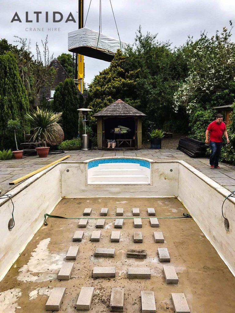 Terex AC 100 4L Crane Hire 1902kg Hot Tub Lift Derbyshire 7 min