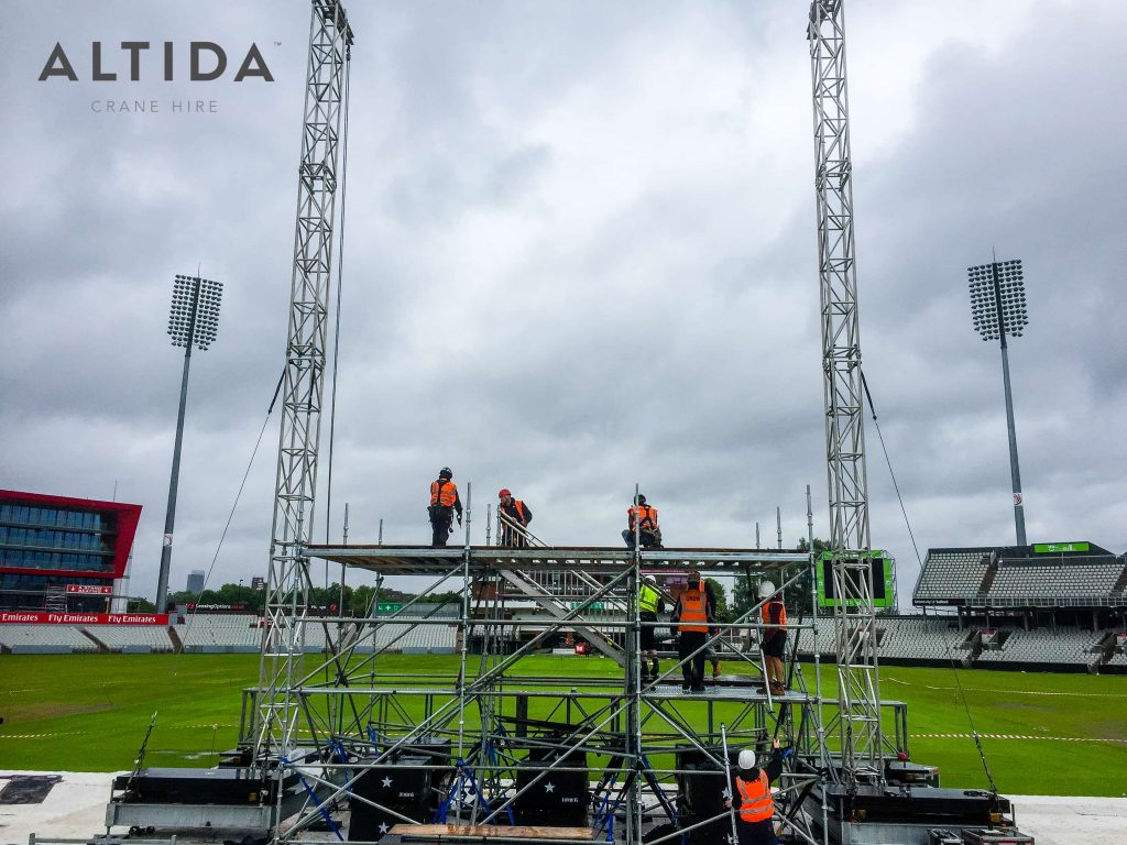 Terex AC 40 2L Building Stage for Ariana Grande One Love Manchester Benefit Concert 1 1
