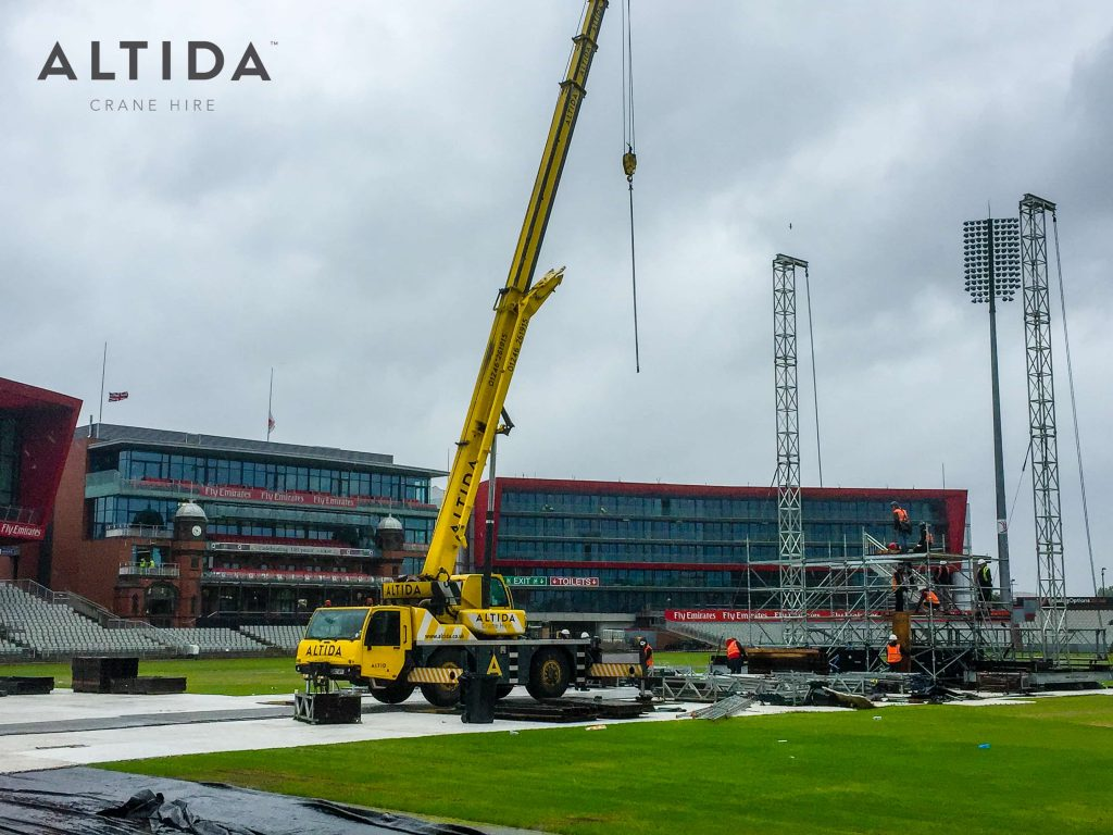 Terex AC 40 2L Building Stage for Ariana Grande One Love Manchester Benefit Concert 4 1
