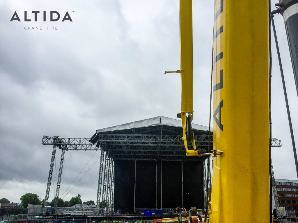 Terex AC 40 2L Building Stage for Ariana Grande One Love Manchester Benefit Concert 5 1
