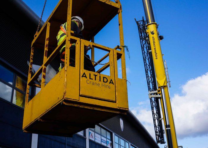 crane hire uk