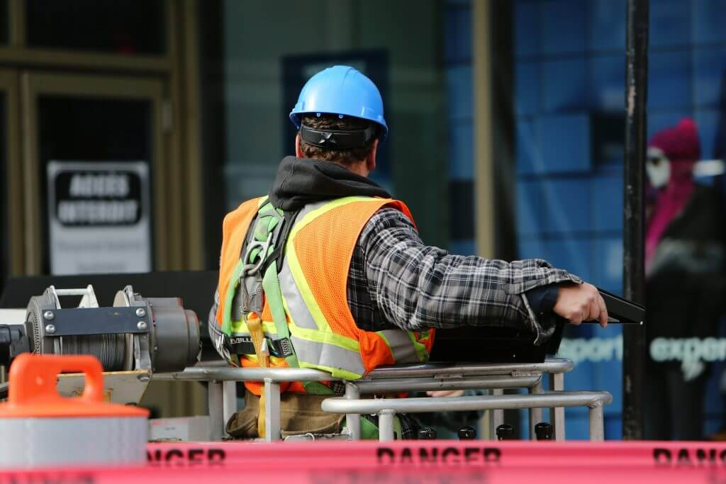 construction worker 569126 1920 1024x683 1