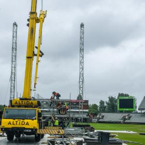 crane hire at ariana concert 300x300 1
